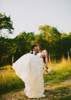 Watters wedding dress | Bride and groom | photo by Amber Vickery Photography | 100 Layer Cake