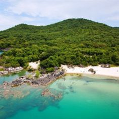 Spend lazy afternoons relaxing in a hammock while sipping cocktails and taking in the surroundings of the pristine Mozambican shores of Lake Malawi. Travel Dating, Snorkeling, Fresh Water, Wilderness, Hammock, Lazy, Cruise, Scenery, Cocktails