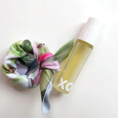 Just four sumptuous ingredients make up our favorite perfume, XO! You will savor it's exotic floral scent, made up of Jasmine Sambac, Organic Rose Geranium and Organic Lavender in a nourishing Jojoba base. XO Perfume is delivered to you in an adorable reusable cotton wrap that you can tie on your wrist, purse or hair. Rub a little XO on it, for an even longer lasting aroma. Have you tried it yet? #rootxo #naturalfragrance