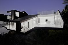 Hollywood house, black and white