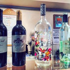Weekends call for #BoozyBrunch at The Golden Pear Cafe! Stop in to enjoy our selection of #wines to make sure to start your weekend off on the right foot! ________ #wine #weekend #food #foodie #yum #breakfast #lunch #brunch #eat #eeeeeats #hamptons #sagharbor #bridgehampton #easthampton #southampton #yummy #nomnom #eatthis #instagood #instafood #instago #foodpic #winepic #foodshare #eathealthy #thehamptons #foodgasm by goldenpearcafe