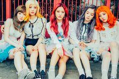 """Red Velvet embellece la portada de la revista """"CeCi"""" via @soompi"""