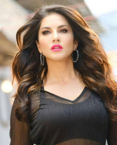 Sunny Leone is a Bollywood actress and former Adult star. Check this page to know how Sunny Leone is the most beautiful actress by heart. World Most Beautiful Woman, Most Beautiful Indian Actress, Beautiful Actresses, Beautiful Eyes, Beautiful Images, Best Hd Pics, Mode Swag, Amazing Pics, Hot Actresses