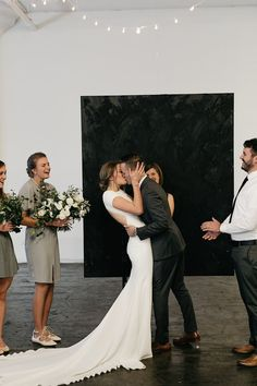 Image+17+-+David+++Jenna:+A+minimalist+warehouse+wedding+in+Real+Weddings.