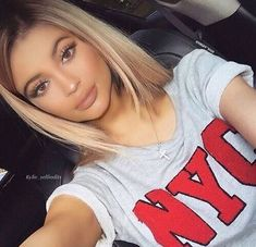 Kylie jenner makeup – Hair and beauty tips, tricks and tutorials Beauty Makeup, Hair Makeup, Hair Beauty, Glam Makeup, Kris Jenner, Looks Style, Gorgeous Hair, Pretty Hairstyles, Straight Hair