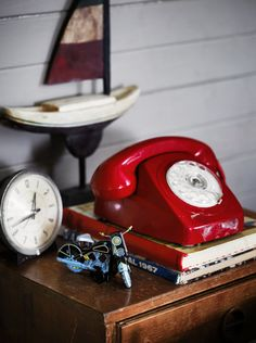 red vintage telephone inspiration red torso vertical inspirations wwwtorsoverticalcom