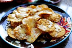 Pioneer Woman's Nachos - pinning for the salsa recipe