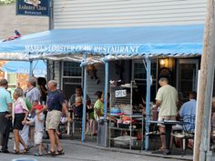 Mabel's Lobster Claw - go for the lobster roll, clam chowder, and blueberry pie   Kennebunkport, Maine Vacation   New York - DailyCandy