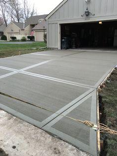 18 Ideas Backyard Patio Flooring Walkways For 2019 Effektive Bilder, die wir ü. , worksheet worksheet for kids worksheet student Cement Driveway, Stamped Concrete Driveway, Concrete Walkway, Driveway Design, Cement Patio, Driveway Landscaping, Driveway Ideas, Pavers Patio, Patio Stone