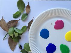 CREATE: Leaf Paintings Easy Crafts For Kids, Crafts To Do, Activity Box, Sand Crafts, Painted Leaves, Learning Through Play, Painting For Kids, Fine Motor Skills, Early Learning