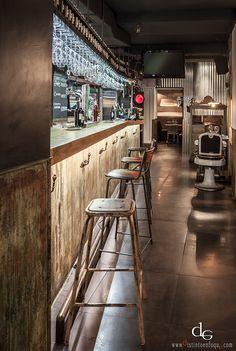Imágenes de la barra de bar en la reforma de La Central.