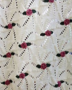 Picture of Pinwheel Rose Afghan Crochet Pattern
