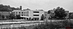 Edwin Shaw Hospital - Formerly know as Springfield Lake Sanitarium that opened in The hospital was first built to house tuberculosis patients. Haunted Asylums, Haunted Houses, Scary Things, Scary Places, Akron Zips, State Of Decay, Insane Asylum, Summit County, Akron Ohio