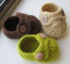 Suddenly obsessed with the idea of crocheted baby booties. :)