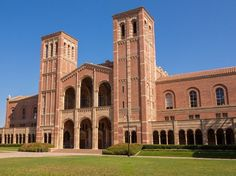UCLA The 20 Most Beautiful College Campuses in America - Condé Nast Traveler Ucla Campus, College Campus, University College, Revival Architecture, Architecture Design, Romanesque Architecture, Gothic Buildings, College Library, College Years