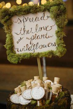 wedding-favor-ideas-for-woodland-forest-wedding.jpg (600×900)