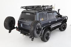 Toyota HDJ but the swinging double spare is bad ass. Toyota 4x4, Toyota Trucks, 4x4 Trucks, Cool Trucks, Land Cruiser 80, Toyota Land Cruiser, Carros Toyota, Jeep Truck, Truck Bumper