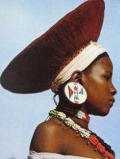 Africa: South Africa, Zulu girl