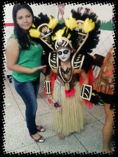 fantasia de paje.  indígena. .. 92 994754656 Natália  maciel. criatura e criador. .