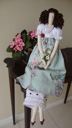 Boneca Leiloca by Celia Villar, via Flickr