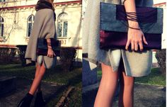Handmade burgundy leather bag, accessorized with metallic chains! Price: €50