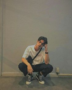 Boyfriend Style, Future Boyfriend, Boyfriend Material, To My Future Husband, Bright Wallpaper, Hi Boy, Best Photo Poses, Bright Pictures, Asian Love