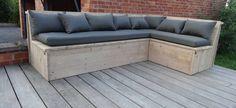 PURE wood design Eckbank aus Bauholz mit Kissen - PURE Wood Design