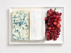 Flags made from National Foods – blue cheese, brie cheese and grapes for France