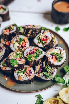 Healthy veggie rainbow sushi rolls with a creamy tamari almond butter sauce to dip. Making your own sushi rolls is a lot easier than you think! Vegan Vegetarian, Vegetarian Recipes, Healthy Recipes, Vegan Foods, Vegetarian Sushi Rolls, Veggie Sushi Rolls, Sushi Recipes, Asian Recipes, Ethnic Recipes