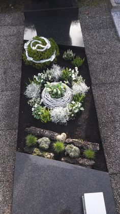 Garden Art, Wreaths, Creative, Floral, Outdoor Decor, Christmas, Gifts, Inspiration, Gardening