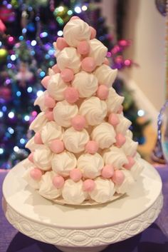 Meringue Tree from a Nutcracker Christmas Party #meringues #christmas
