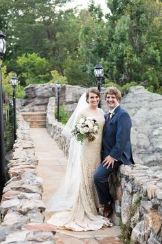 Daisy Moffatt Photography Photographer In Chattanooga A Beautiful Antique Wedding Gown And Blue Suit