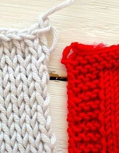 Dica para fechar o último ponto e evitar o loop grande Knitting Basics, Knitting Help, Knitting Stitches, Knitting Projects, Baby Knitting, Crochet Scarves, Knit Crochet, Sweater Mittens, Learn How To Knit