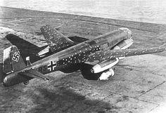 Aircraft - Le premier exemplaire (V1) terminé de Junkers Ju 287 (sur 2 construits)