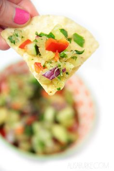 Alisaburke: pineapple cucumber salsa desde http://alisaburke.blogspot.com.br