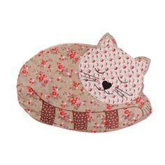 Agnes Cat Cushion