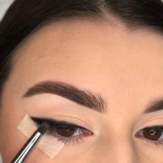 Makeup Tutorial Eyeliner, Contour Makeup, Glam Makeup, Skin Makeup, Eyeshadow Makeup, Makeup Inspo, Makeup Inspiration, Smokey Eye Makeup Look, Makeup Eye Looks