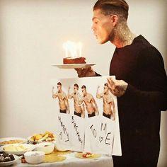 Stephen James Model, Fighting Poses, London Models, Boy Tattoos, Dream Boy, Story Inspiration, Hot Boys, Little Mix, The Dreamers