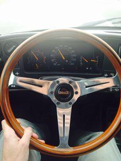 Nardi stuur Saab 900