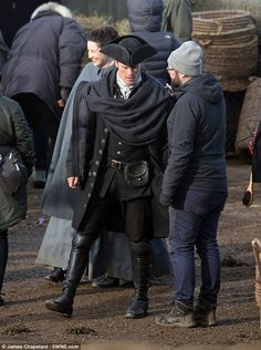 BTS - Good full length shot of Jamie's garb.