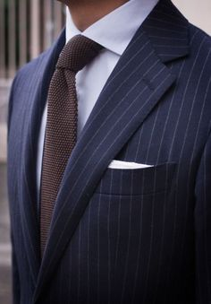 We love suits so much that we dedicate this board to incredible styles and icons www. Style Gentleman, Gentleman Mode, Modern Gentleman, Mens Fashion Suits, Mens Suits, Men's Fashion, Navy Pinstripe Suit, Navy Suits, Groom Suits