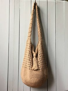 Crochet Tote Bag PATTERN, Bucket Bag Crochet Pattern, Boho Crochet, Boho Bag, Purse Pattern, Hand Bag, Slouchy Bag, Crochet Sac, Summer Tote.  This KnotYourselfOut crochet tote bag is named: BUCKET BAG BEAUTY.  I have to say it -- I think this bag is beautiful. I had a lot of fun
