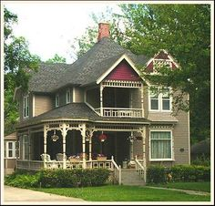 My dream house a Queen Anne Victorian. Style At Home, Victorian Architecture, Architecture Design, Victorian Style Homes, Victorian Era, Cute House, Second Empire, Historic Homes, My Dream Home