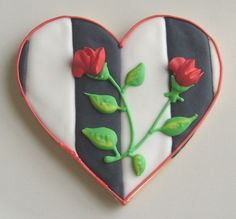 Heart Cookie #fooddecoration, #food, #cooking, https://facebook.com/apps/application.php?id=106186096099420