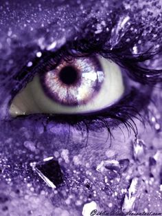 Eye all purple