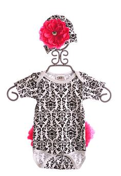 She Bloom Girls Onesie Bonnie Black Damask|She Bloom