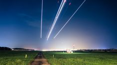 Airplanes Look Like Epic Shooting Stars in The Air Traffic 2!
