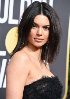 Kendall Jenner Responds to Comments About Her Acne at the Golden Globes Beauty Uk, Fashion Beauty, Hair Beauty, Kendall Jenner Acne, Love Makeup, Makeup Looks, Hair Inspo, Hair Inspiration, Skin Breaking Out