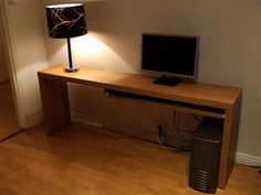 Long Desk With Table Lamp