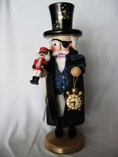 || Steinbach 2013 Herr Drosselmeyer Nutcracker || New for 2013, this is the very first character in Steinbach's Nutcracker Suite. Measuring over 16 inches tall, this nutcracker is limited to only 5,000 pieces and comes hand-signed by Karla Steinbach. If you want to start collecting Steinbach nutcrackers, this is the one to get first! NS1970 #Steinbach #nutcracker #Drosselmeyer